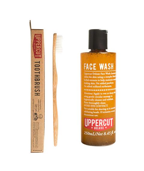 Uppercut Deluxe-Face Wash &Tootbrush Kit Zestaw pielęgnujący do twarzy